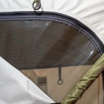 Detalle mosquitera tienda de techo Jovive Tent